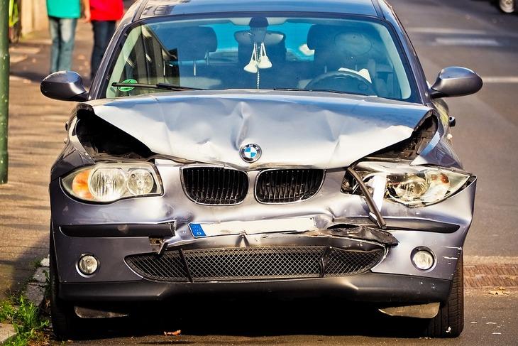 Wypadek przez który kierowca dostał zaniżone odszkodowanie oc, kolizja z udziałem BMW serii 3